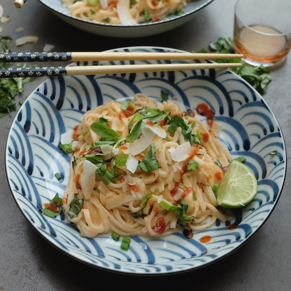 Spicy Coconut Noodles || Shutterbean