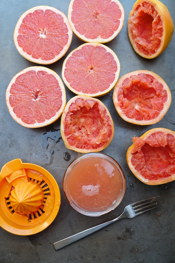 Grapefruit Thyme Cocktail // shutterbean