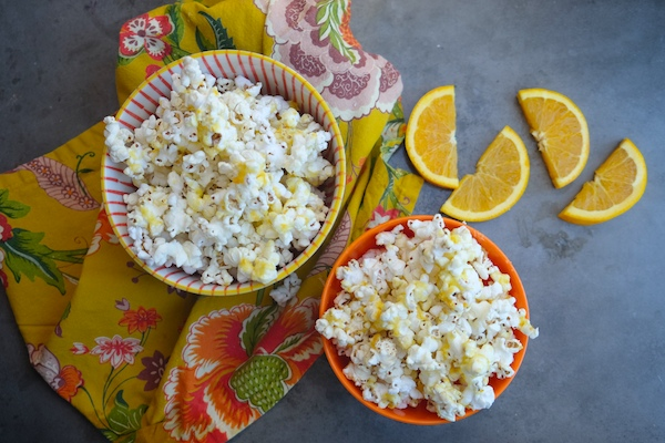 Orange Creamsicle Popcorn // shutterbean