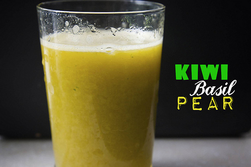 Kiwi Mango Orange Basil Pear Juice