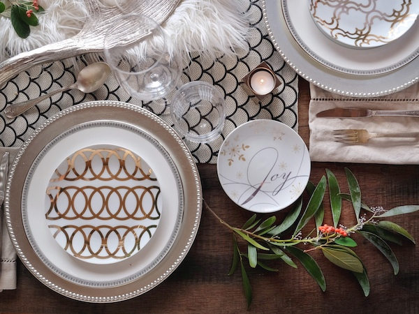Holiday Decor with Pier 1 // shutterbean