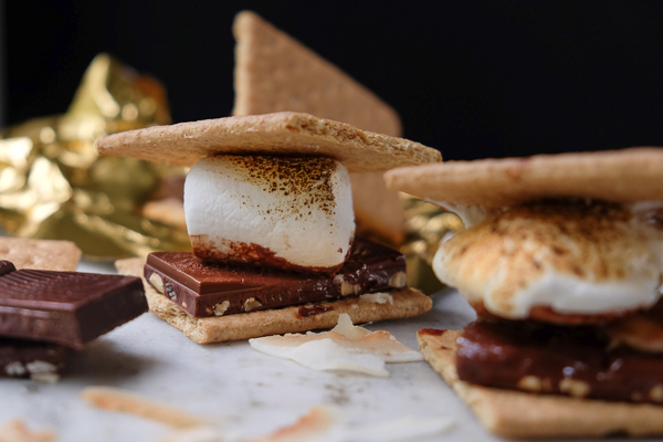 Cold weather got you down? Create a fun Indoor S'mores Party with Tcho Chocolate.  More on Shutterbean.com!