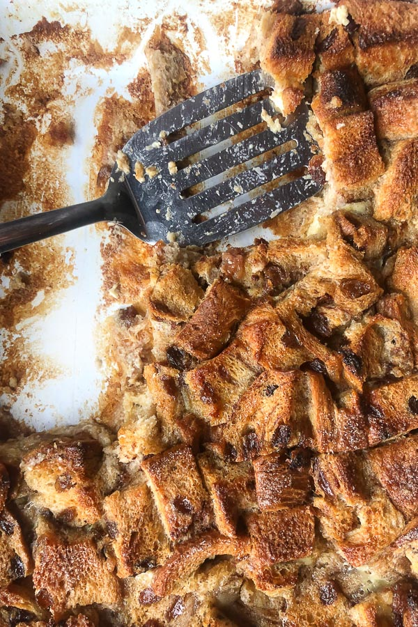 Got some leftover cinnamon raisin bread? Make Cinnamon Raisin Bread Pudding. Get the simple recipe on Shutterbean.com!