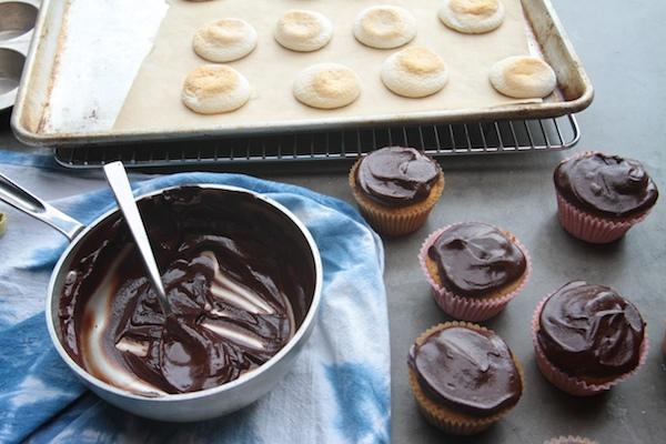 S'mores Cupcakes // shutterbean