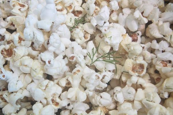 Sour Cream + Onion Popcorn // shutterbean