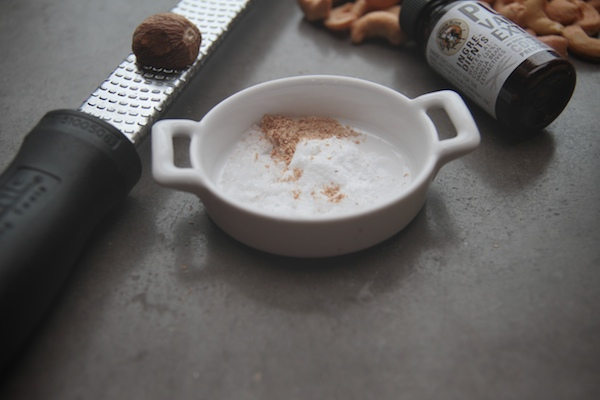 Roasted Cashew & Sesame Brittle // shutterbean
