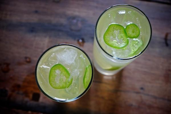 Jalapeño Ginger Lime Spritzers || shutterbean