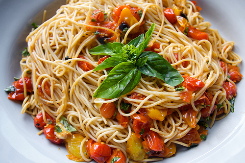 Easy Peasy Tomato Basil Pasta