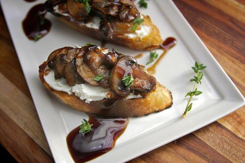 Caramelized Mushroom & Shallot Bruschetta