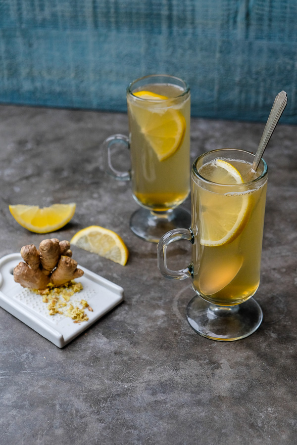 Soothe your throat & relax with this Lemon Ginger Elixir. Find the recipe on Shutterbean.com!