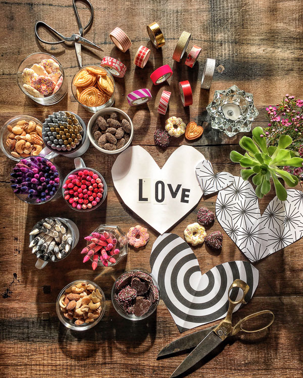 Ladies Craft Night- Valentine's Day Edition. ART+FOOD+SPIRITS + LADIES! See more on Shutterbean.com